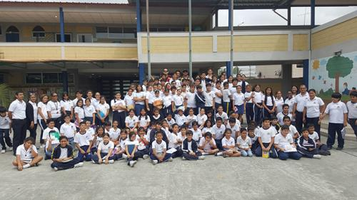 Unidad Educativa Sir Thomas More (12)