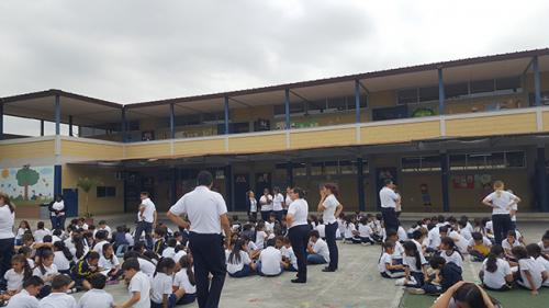 Unidad Educativa Sir Thomas More (9)